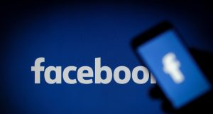 Facebook Give Access to Private Data of Users to 60 Companies but the Company Denies